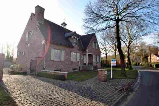 Woning te koop antwerpen west vlaanderen en oost vlaanderen for Lovendegem huis te koop